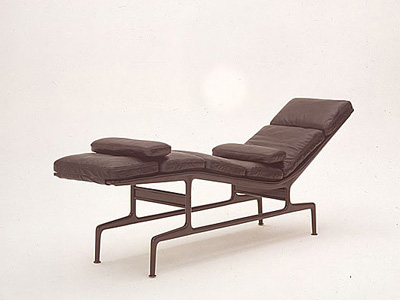 Charles & Ray Eames. Чарльз и Рэй Эймс. Soft Pad Chaise ES 106. 1968