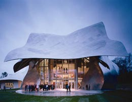 Фрэнк Гери. Frank Gehry: Richard B. Fisher Center for the Performing Arts, Bard College, Annandale-on-Hudson, New York, USA, 2003
