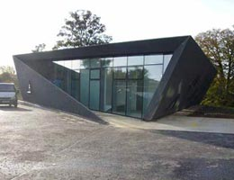 Заха Хадид. Zaha Hadid Architects: Maggie's Fife at the Victoria Hospital, Kirkaldy, Scotland, UK, 2001—2006