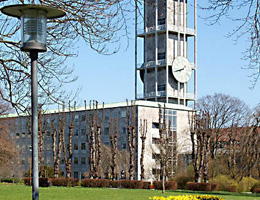 Arne Jacobsen. Арне Якобсен. Arhus City Hall (with Erik Moller), Arhus (1939–42)