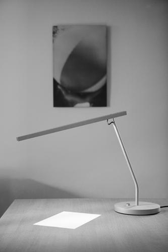Maarten van Severen. Маартен ван Северен. U-line desk lamp, Light, 1996