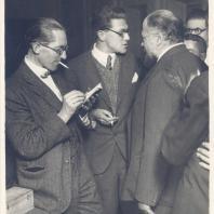 Ле Корбюзье, Андрей Буров и Виктор Веснин. Москва, 1928 г.