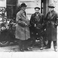 Ле Корбюзье, Сергей Эйзенштейн и Андрей Буров. Москва, 1928 г.