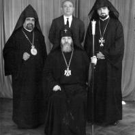 Католикос всех армян Вазген I и М. Мазманян. Каир, 1963 год