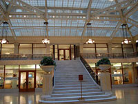 Фрэнк Ллойд Райт (Frank Lloyd Wright): Rookery Building, Chicago, Illinois (Здание Rookery, интерьер), 1905—1907; перестроен